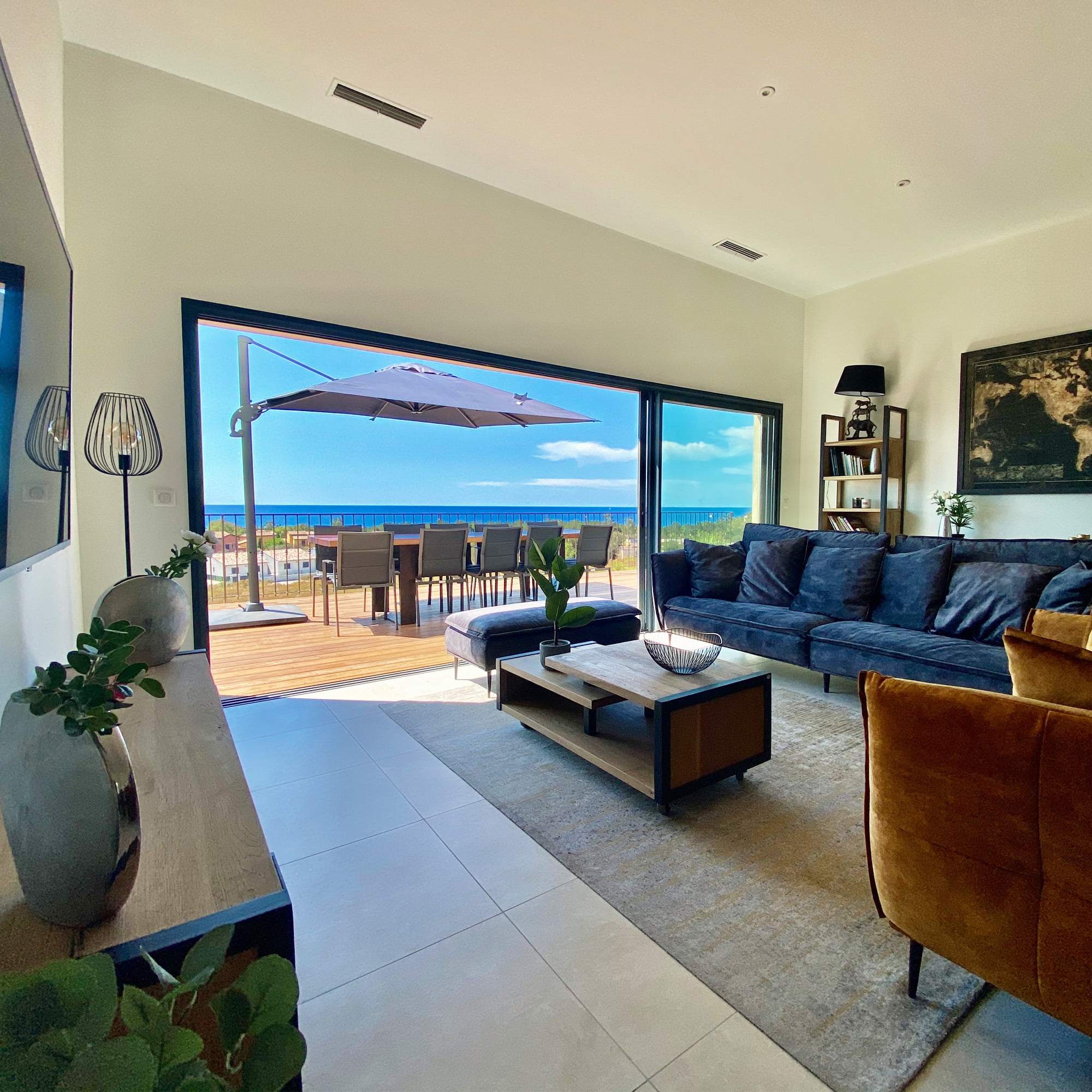 Villa corse agencement interieur salon vue mer ls studio architecte intérieur vannes